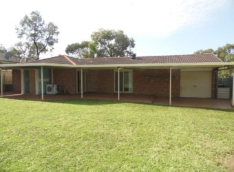 19 Lord Howe Dr, Green Valley NSW 2168
